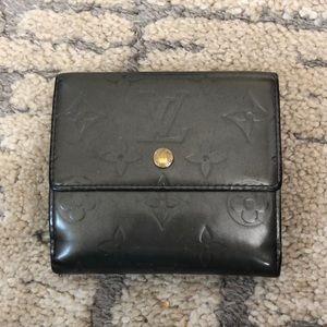 LV grey vernis wallet